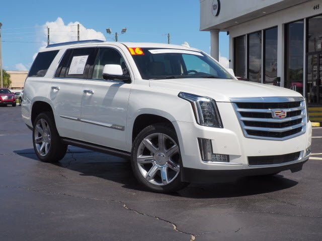 Pre-Owned 2016 Cadillac Escalade Premium Collection