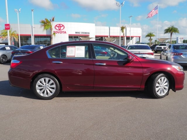 Pre-Owned 2013 Honda Accord Touring